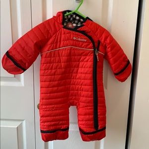 Columbia snow suit. 0-3 months.